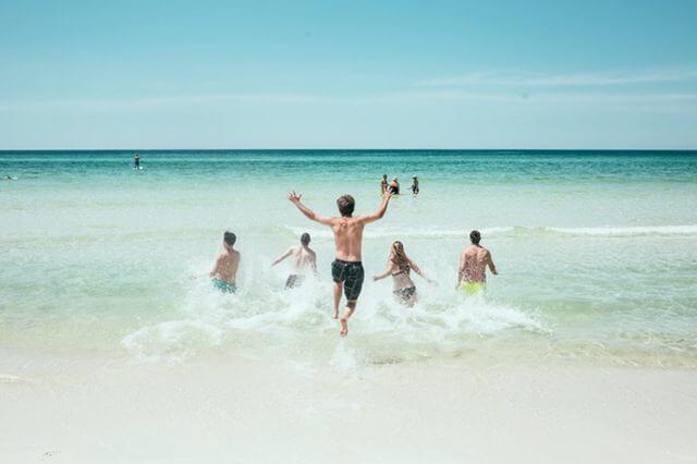 夏休み 短期バイト